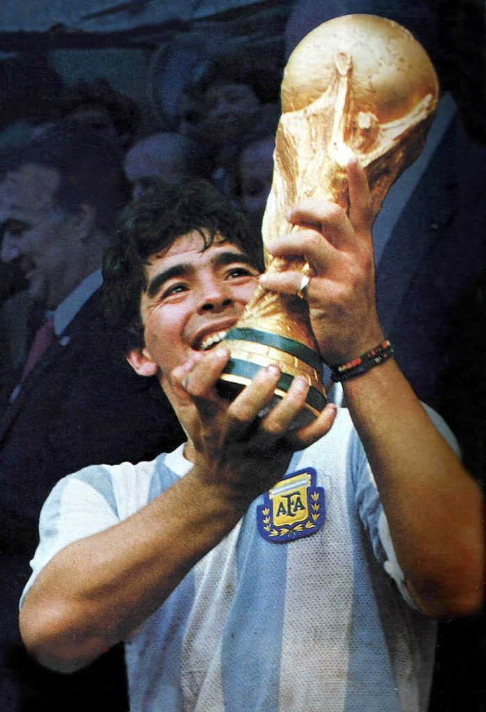 Maradona copa do mundo, confira os lances mais marcantes do craque